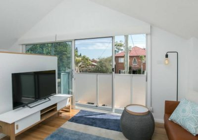 Cooks-Hill-Parkside-House-Living-room-2-1080x608