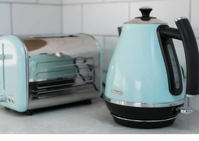 Cooks-Hill-Parkside-House-Toaster-and-kettle-1080x608